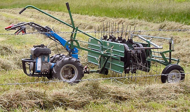 how to use a free wheel rake